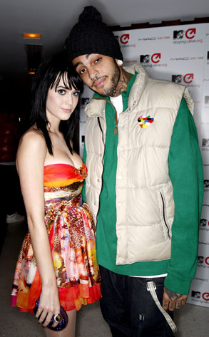 Katy Perry, Travis McCoy