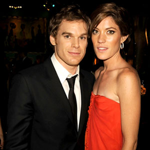 did dexter and deb dating in real life