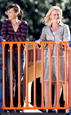Rashida Jones, Amy Poehler