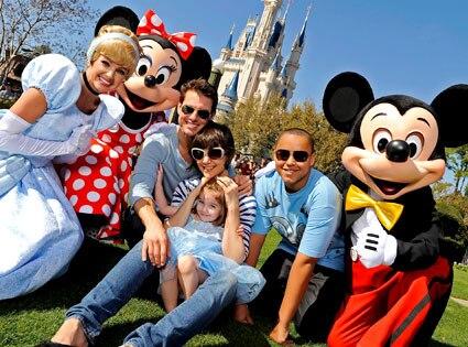 Tom Cruise, Katie Holmes, Suri Cruise, Connor Cruise