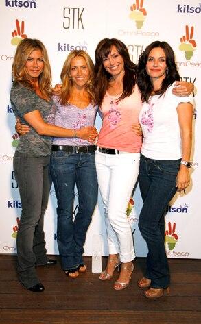 Jennifer Aniston, Sheryl Crow, Mary Fanaro, Courteney Cox