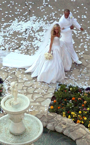 Kendra and Hank\'s Wedding Day in Pictures | E! News