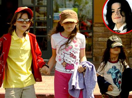 19f2140f Michael Jackson Will: Mom, Diana Ross, Yes; Debbie Rowe, No | E! News