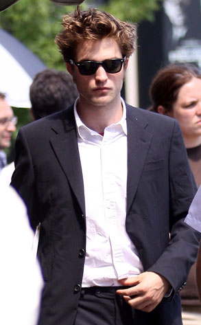 Robert Pattinson from The Big Picture: Today's Hot Photos ...