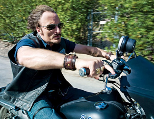 Sons of anarchy s6e4 online dating. Dating for one night.
