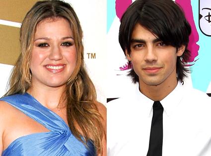 Kelly Clarkson, Joe Jonas