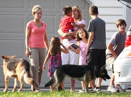 Kate Gosselin, Steve Neild and family