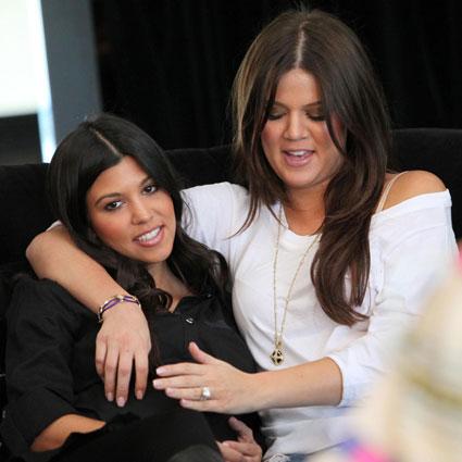 Kourtney Kardashian, Khloe Kardashian Odom