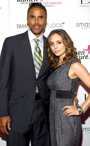 When did eliza dushku and rick fox start dating