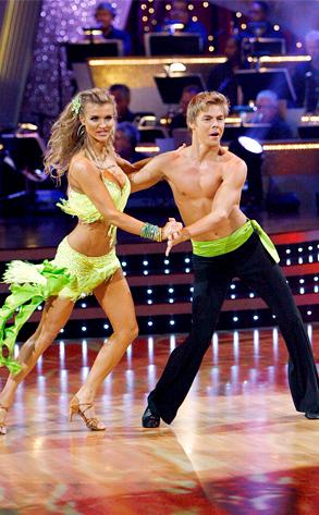 Joanna Krupa, Derek Hough, Dancing with the Stars, DWTS