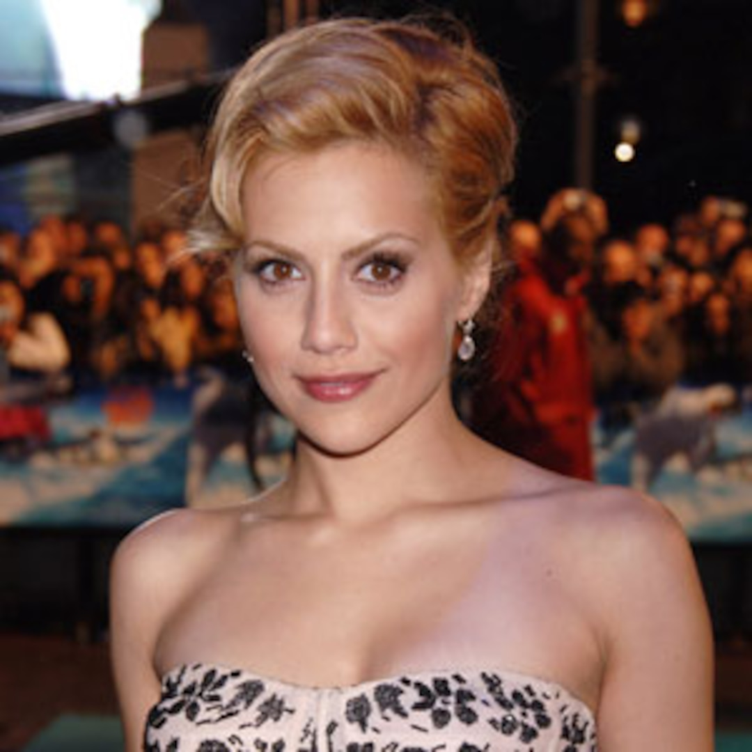 E! Investigates: 5 Reasons Brittany Murphy's Death Is Still a Mystery - E! Online