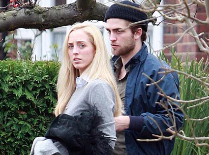 Robert Pattinson, Lizzy Pattinson