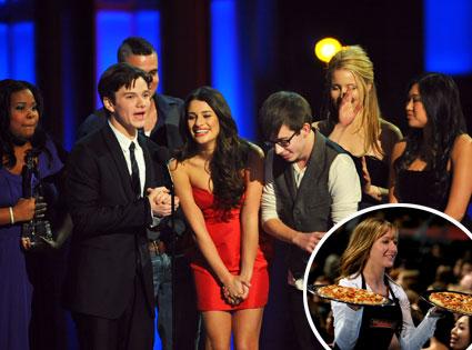 Amber Riley, Chris Colfer, Mark Salling, Lea Michele, Kevin McHale, Dianna Argon, Jenna Ushkowitz, Pizza Girl