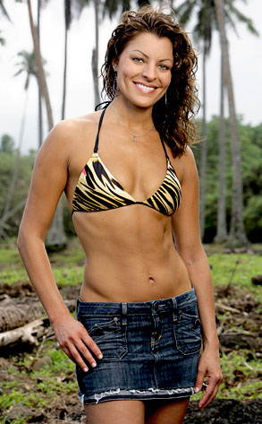 Survivor: Heroes vs. Villains, Stephenie LaGrossa (Hero)