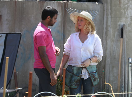 PARKS AND RECREATION, Amy Poehler, Aziz Ansari