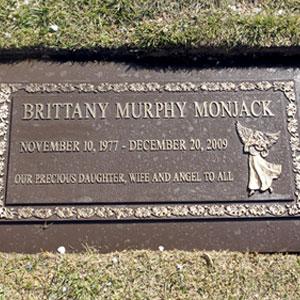 Brittany Murphy, Headstone