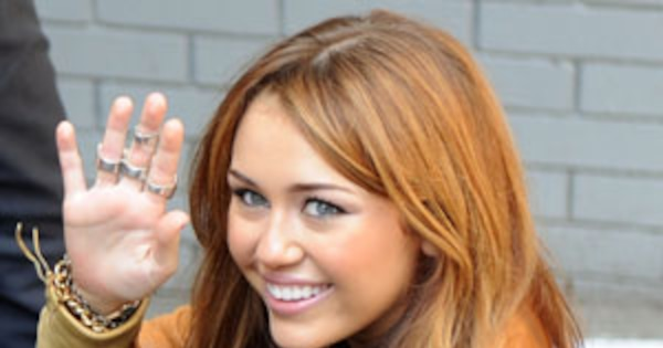 Is There Sex In Miley Cyrus Future  E News-7834