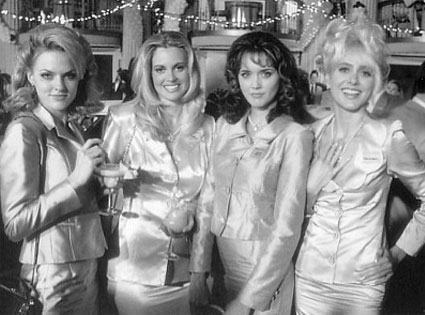 Elaine Hendrix, Kristin Bauer, Julia Campbell, Mia Cottet
