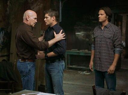 Supernatural, Mitch Pileggi, Jensen Ackles, Jared Padalecki