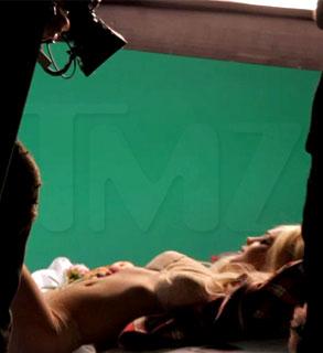 Lindsay Lohan, Marc Ecko Shoot