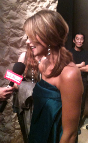 Ashley Greene, Twitpic, Twitter