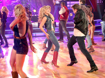 Julianne Hough, Kenny Wormald dance, Dancing with the Stars