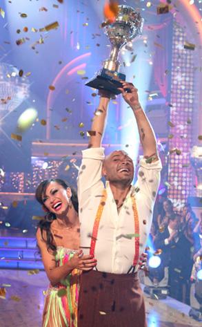 J.R. Martinez, Karina Smirnof, Dancing with the Stars