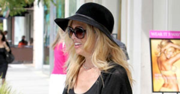 b03d2694516e5 Rachel Zoe's Maternity Style: Chic Fashion Finds for the Pregnant Celeb  Stylist | E! News