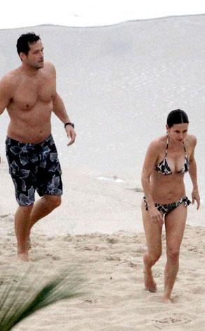 Courteney Cox, Josh Hopkins