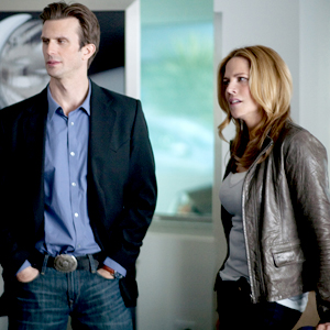 In Plain Sight, Frederick Weller, Mary McCormack