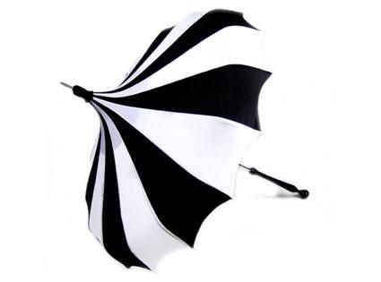 Black and White Pinwheel Bella Pagoda Umbrella