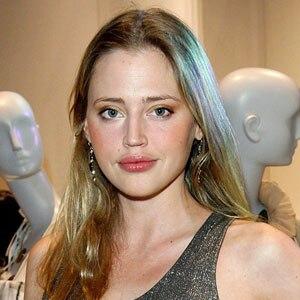 Estella Warren plastic surgery