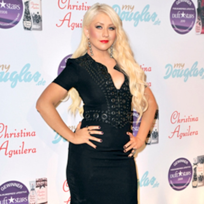 christina aguilera sings have yourself a merry little christmas e news - Christina Aguilera Have Yourself A Merry Little Christmas