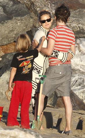Kate Hudson, Matthew Bellamy, Ryder Robinson
