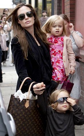 Angelina Jolie , Knox Jolie-Pitt, Vivienne Jolie-Pitt
