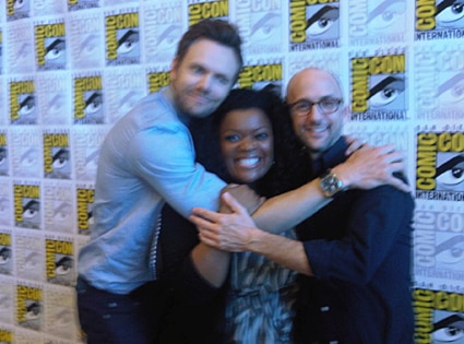 Joel, Yvette Nicole Brown, Jim Rash, Twitter