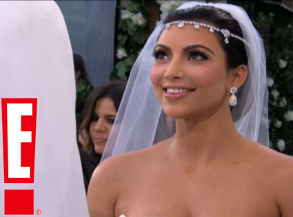 Kim Kardashian s Blinging Bridal Headpiece  Do You Like   b0527ac96b8