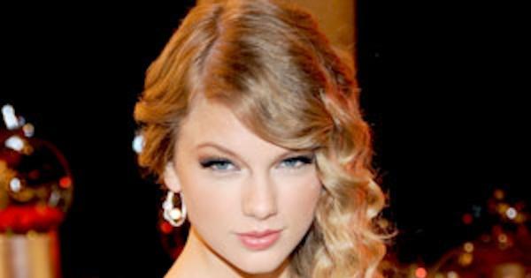 Taylor Swift Hasnt Seen The Steamy True Blood Sex Scene -2024