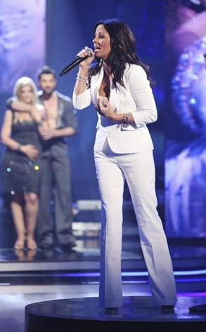 Sara Evans, Dancing with the Stars Performances, DWTS