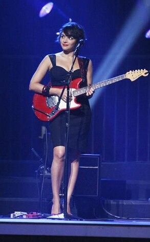 Norah Jones, Dancing with the Stars Performances, DWTS