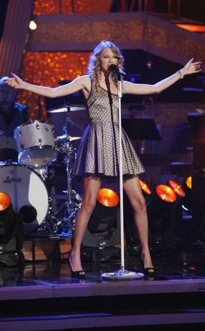 Taylor Swift, Dancing with the Stars Performances, DWTS