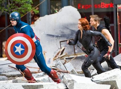 Scarlett Johansson, Chris Evans, Jeremy Renner