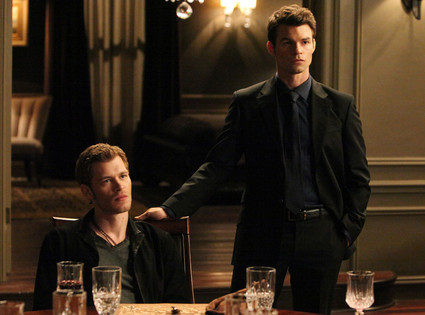 Vampire Diaries First Look: Elijah Is Back! What Does His