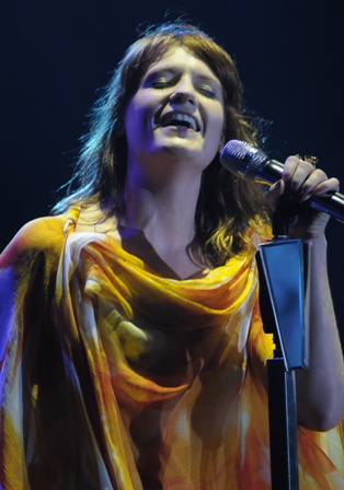 Adriana Steves, Florence The Machine,  Fernanda Paes Leme, Ashton Kutcher, Seu Jorge, Bruno Mars, Jonatas Faro