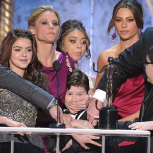 Modern Family, Aubrey Anderson-Emmons, Jesse Tyler Ferguson, Ariel Winter, Julie Bowen, Sarah Hyland, Nolan Gould, Sofia Vergara