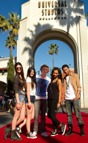 Kendall Jenner,Kylie Jenner, Cody Simpson, Jessica Jarrell, Diggy Simmons, Universal Studios Hollywood