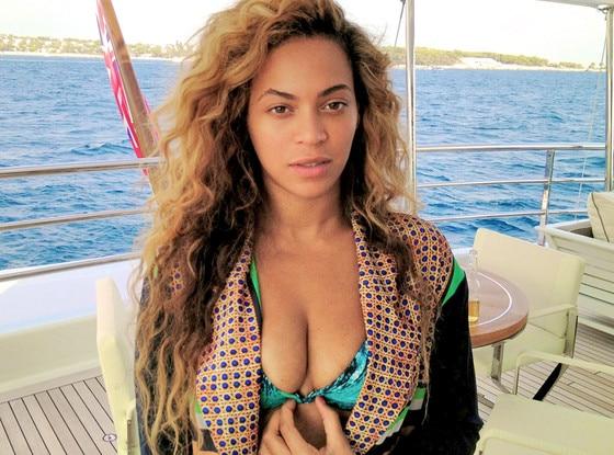 Beyonce в бикини