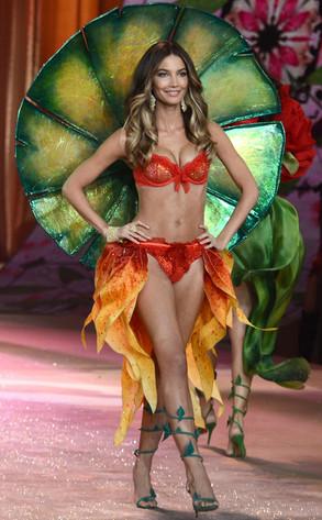 Victoria's Secret Fashion Show, Lily Aldridge