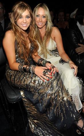 Miley Cyrus, Tish Cyrus, Grammy Awards