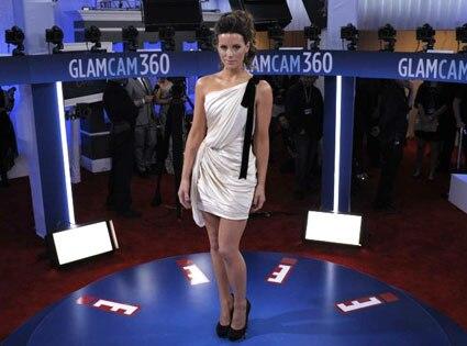 Kate Beckinsale, Glam Cam, 2012 Grammy